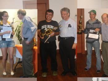En el orden usual, María Rodríguez, AI Jorge Vega, Bernal González, Dr. Guy Bendaña, y Mauricio Arias